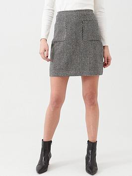 warehouse-pocket-detail-pelmet-skirt-monochrome