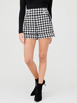 river-island-river-island-dogtooth-button-detail-short-blackwhite