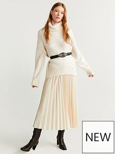 mango-roll-neck-jumper-beige