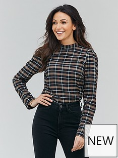 michelle-keegan-puff-shoulder-check-blouse-check