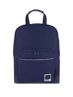pantone-medium-backpack-mood-indigo
