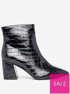 dorothy-perkins-dorothy-perkins-anica-crocodile-printnbspboots-black