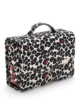 victoria-green-emma-3-in-1-hanging-beauty-bag-in-leopard-tan