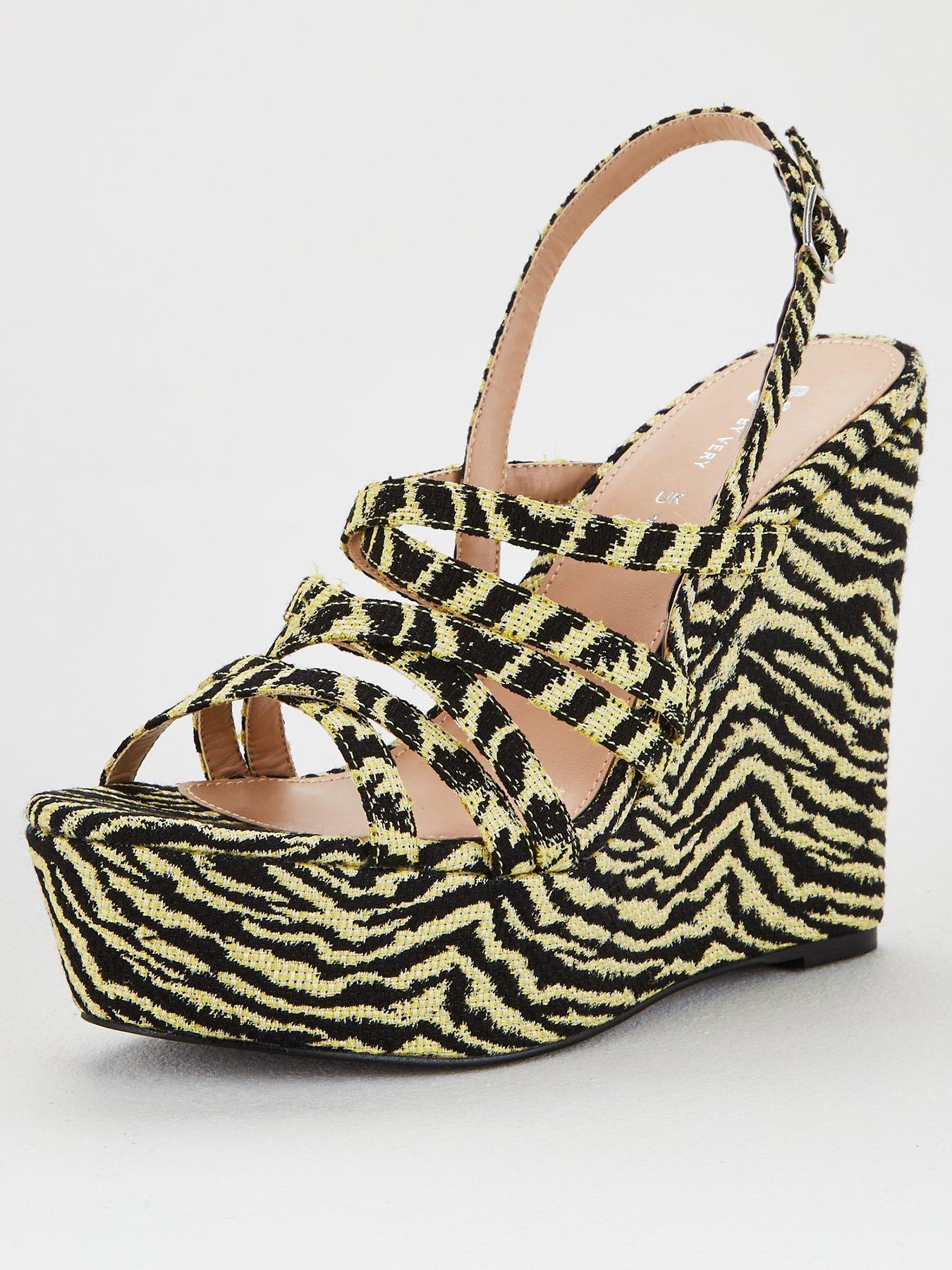 DINY Home /& Style Girls Aztec Print Sandal