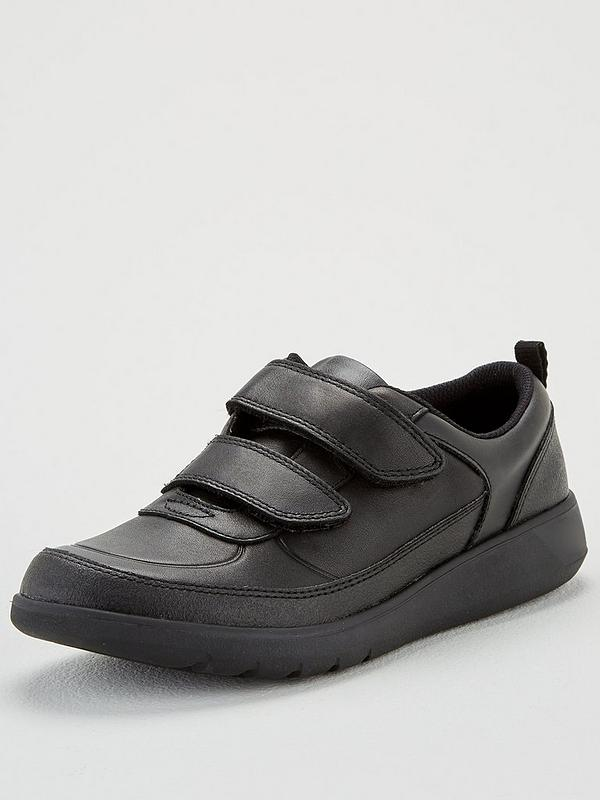 Alargar Fonética Incompetencia  Clarks Boys Youth Scape Flare School Shoes - Black Leather | very.co.uk