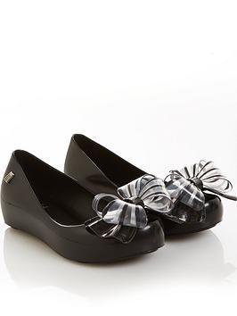 mini-melissa-girls-ultragirl-sweet-shoes-black