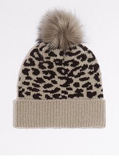 warehouse-leopard-beanie-light-grey
