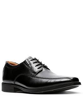 clarks-tilden-walk-lace-up-shoe