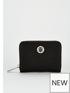 tommy-hilfiger-compact-zip-around-wallet