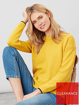 joules-luciana-boxy-guernsay-jumper-gold