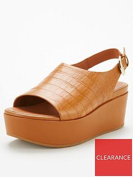 fitflop-eloise-city-wedge-sandal-light-tan