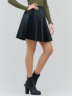michelle-keegan-pleated-pu-mini-skirt-black