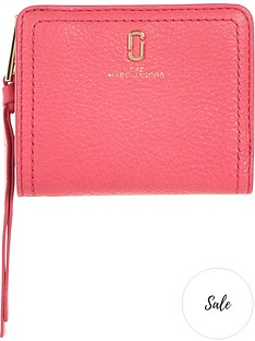 marc-jacobs-softshot-mini-zip-around-compact-purse-pink