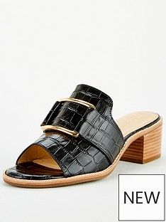 carvela-comfort-ample-heeled-shoe