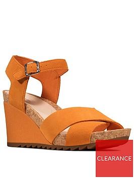 clarks-flex-sun-leather-ankle-strap-wedge-sandal-amber