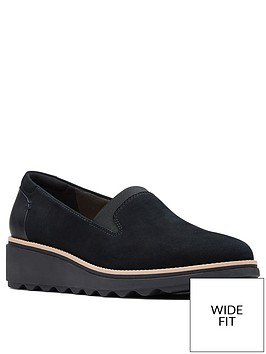 clarks-sharon-dolly-wedge-wide-fit-shoe-black