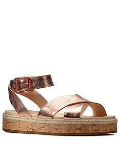 clarks-botanic-poppy-leather-chunky-flat-sandal-rose-gold