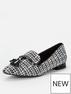 wallis-tassel-detail-pointed-shoes-mono