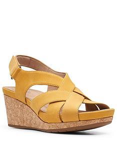 clarks-un-capri-step-leather-wedge-sandal-yellow