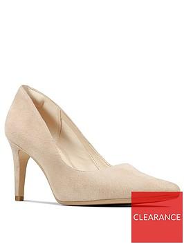 clarks-laina-rae-heeled-court-shoe-blush