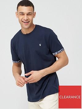very-man-printed-beach-block-pocket-t-shirt-blue