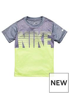 nike-sporstwear-younger-boys-blocked-stacked-t-shirt-dark-grey