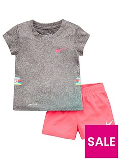 nike-younger-girls-dri-fitnbsptaped-shorts-training-set-pink