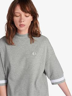 fred-perry-oversized-pique-t-shirt-grey