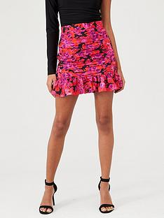 in-the-style-in-the-style-x-fashion-influx-floral-print-ruffled-mini-skirt-pink