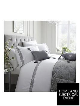 laurence-llewelyn-bowen-sleeping-beauty-collection-monoglam-duvet-cover-set