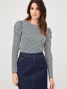 warehouse-ditsy-floral-puff-sleeve-top-mono