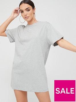 nike-nswnbspessentials-t-shirtnbspdress-dark-grey-heathernbsp