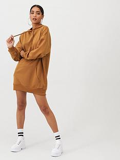 boohoo-boohoo-the-perfect-oversized-hooded-sweat-dress-camel