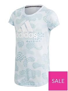 adidas-junior-girls-must-havesnbspgraphic-tee-grey-camo