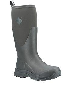 muck-boots-outpost-welly