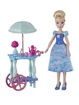disney-princess-cinderella-with-tea-cart