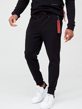 hugo-deasty-joggers-black