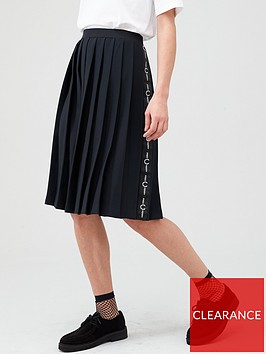 fred-perry-taped-pleated-skirt-black