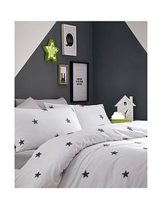 appletree-tufted-star-duvet-cover-set-grey