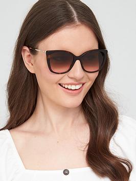 love-moschino-wayfarer-sunglasses-black