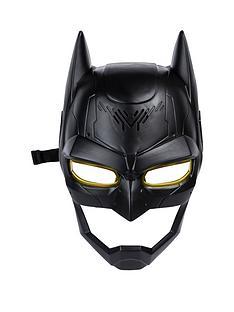 batman-voice-changing-mask
