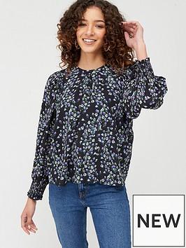 mango-lavender-floral-blouse-black