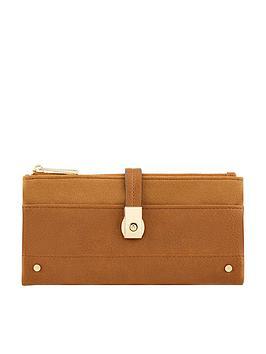 accessorize-flip-lock-wallet-tan