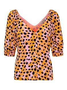 gestuz-uriel-leopard-print-blouse-orange
