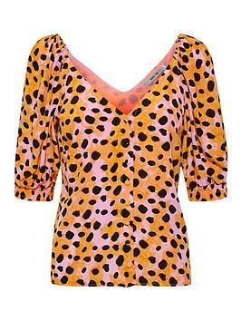 gestuz-uriel-leopard-print-blouse-orange