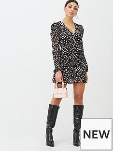boohoo-boohoo-spot-long-sleeve-plisse-mini-dress-black