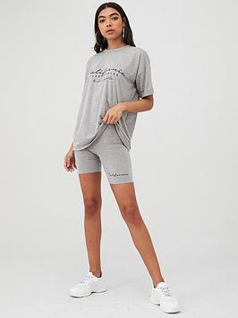 boohoo-boohoo-t-shirt-and-cycle-short-set-grey