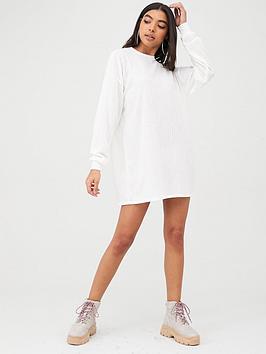 boohoo-boohoo-crew-neck-ribbed-sweater-dress-cream
