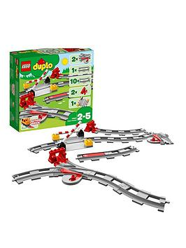 lego-duplo-train-tracks