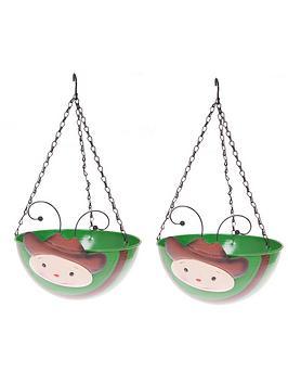 pair-of-wobblehead-cowboy-hanging-baskets